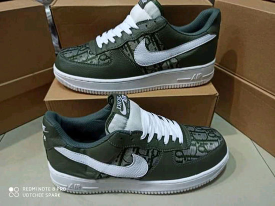 Image sur CHAUSSURE NIKE AIR FORCE  UTILITAIRE UNISEXE