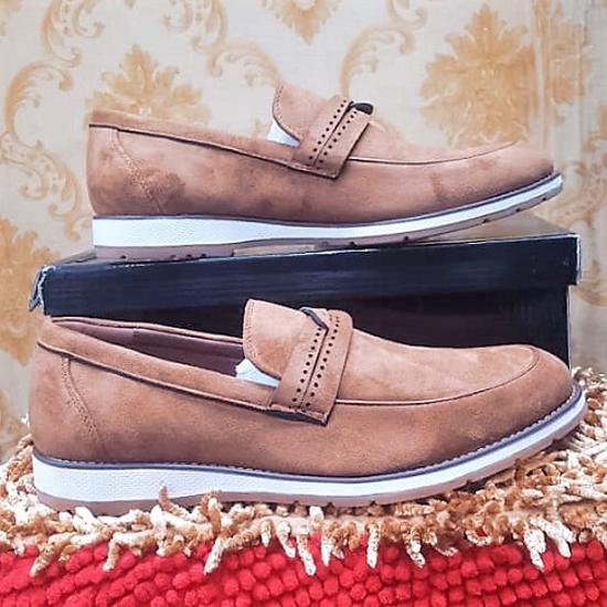 Image sur Chaussure en Daim - Marron