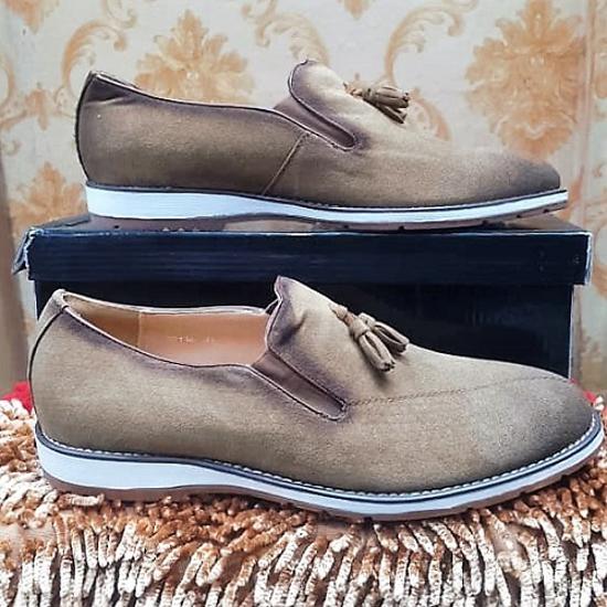 Image sur Chaussure en Daim - Gris