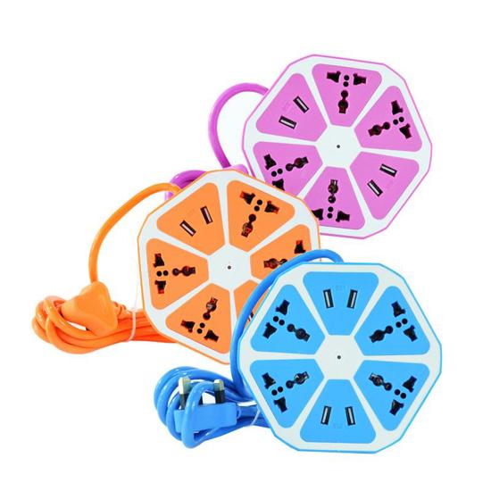 Image sur rallonge électrique 4 prises USB et 4 prises de courant d'extension - Multicolore