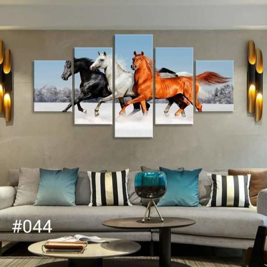 Image sur Tableau décoration d'intérieur - 3 chevaux sur neige - Noire, Blanc, Marron
