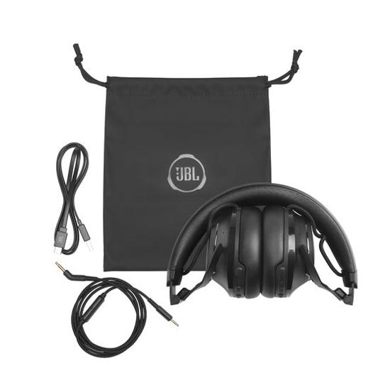 Image sur JBL Club 700 BT noir – Casque supra-aural sans fil à réduction de bruit – Connexion Bluetooth et assistant vocal – Pliable avec une autonomie de 50h – Noir - 12 Mois